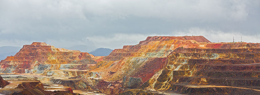 copper-mine-open-pit-in-Rio-Tinto,-Spain